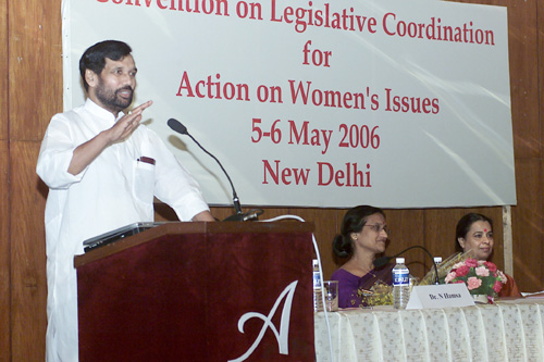 The Union Minister for Steel, Chemicals and Fertilizers, Shri Ram Vilas Paswan addressing a National Seminar on Womens Reservation Bill, in New Delhi on May 5, 2006