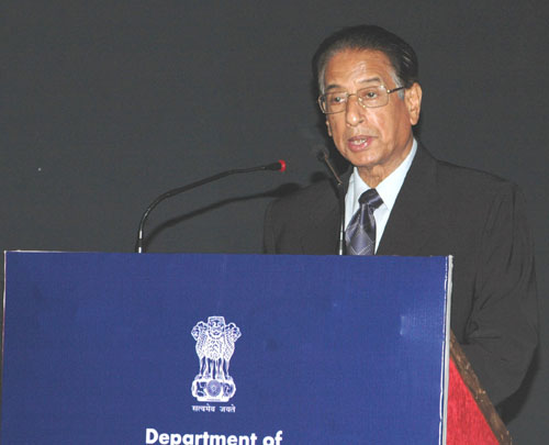 The Minister of State for Chemicals & Fertilizers and Mines, Shri B.K. Handique addressing at the inauguration of Seminar on Pharmaceutical Pricing and Regulatory framework for Affordable Medicines, in New Delhi on April 12, 2008