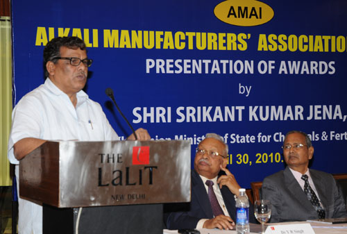 The Minister of State of Chemicals and Fertilizers, Shri Srikant Jena address at the presentation of the Annual Awards of the Alkali Manufacturers Association of India, in New Delhi on April 30, 2010