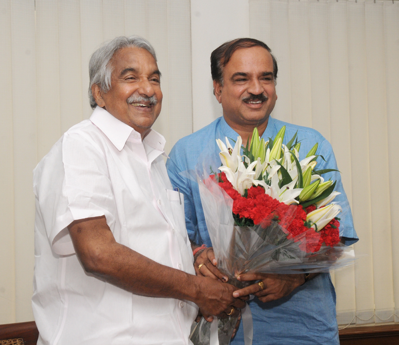 The Chief Minister of Kerala, Shri Oommen Chandy calls on the Union Minister for Chemicals and Fertilizers, Shri Ananthkumar, in New Delhi on July 03, 2014