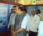 The Union Minister for Chemicals and Fertilizers, Shri Ananth Kumar visiting after inaugurating the DAVP exhibition 'Saal Ek Shuruaat Anek', in Mangalore